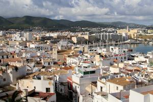 Bevolking Ibiza stad boven de 50K - Ibiza vandaag: ibizavandaag.nl/bevolking-ibiza-stad-boven-de-50k