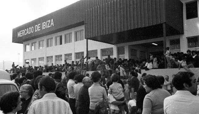 opening-nieuwe-markt-1978
