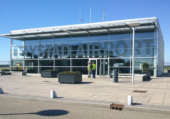 LELYSTAD - Veel bewoners van de noordelijke provincies in Nederland ...: https://www.ibizavandaag.nl/ryanair-en-lelystad