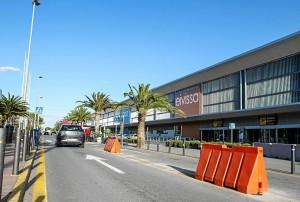 paaltjes-luchthaven-weg