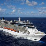 Cruiseschip van 319 meter brengt 3000 passagiers naar Ibiza