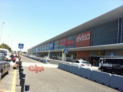 ibiza-luchthaven-2.jpg